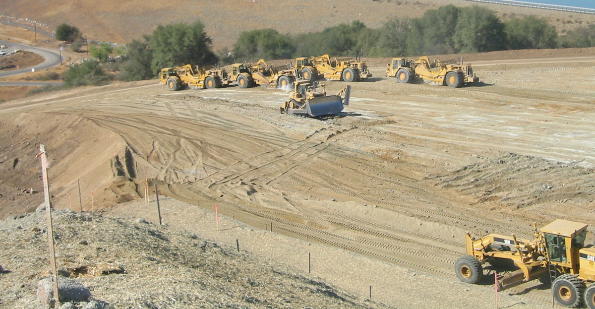Equipment for Folsom Dam project moving into place.